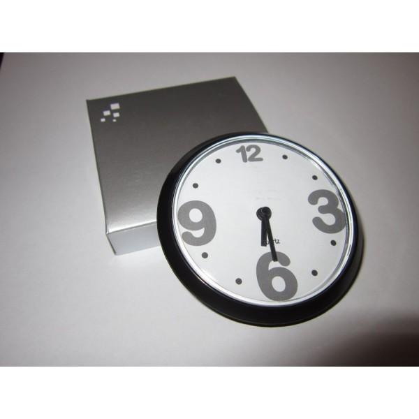 Magnetické nástěnné hodiny - černé